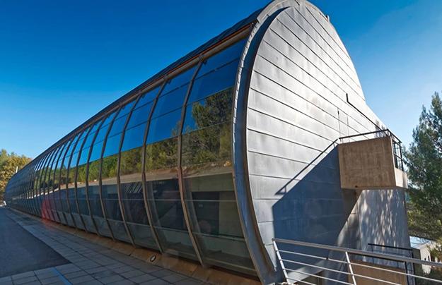 «Мерседес Бенц» открыл новую студию на Лазурном Берегу